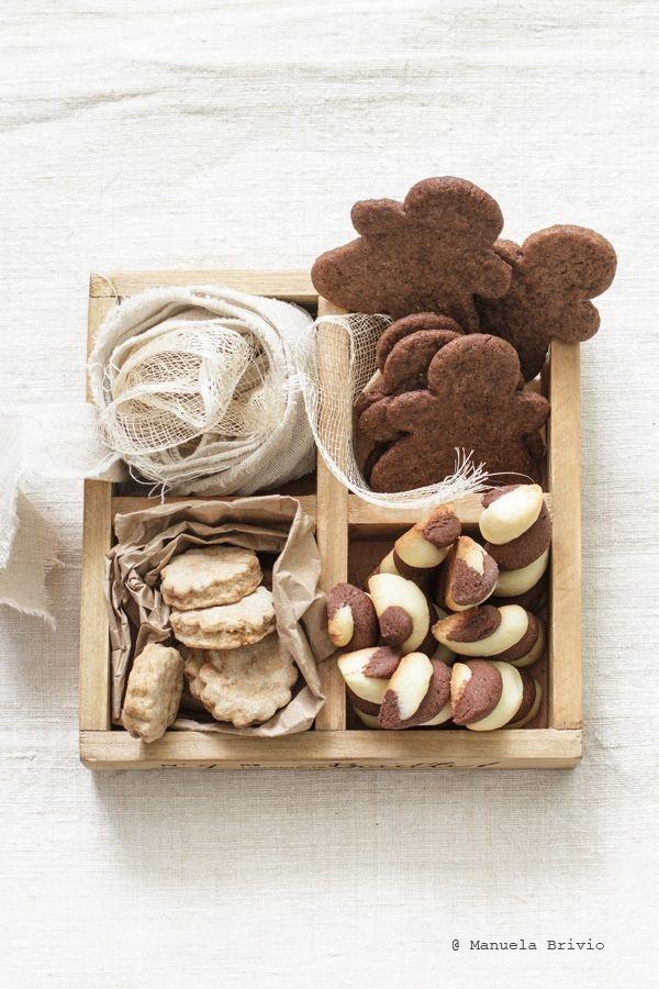 Fedele alla massima che chi biscotta il primo dell'anno biscotta tutto l'anno, rieccomi qui, tra la fine e il principio, con una giusta dose di farina, bur