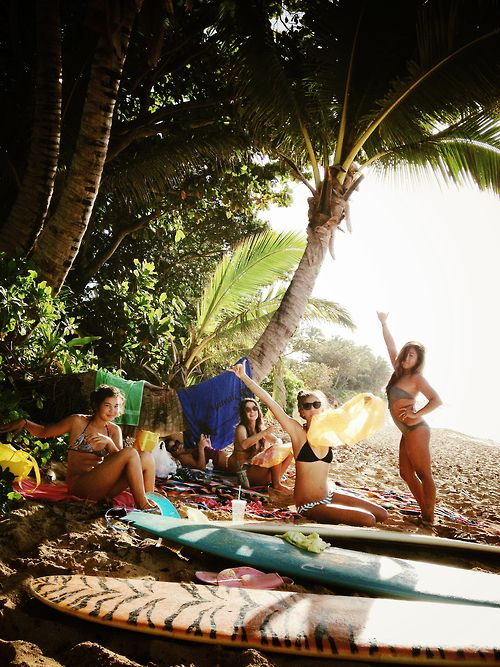 On my bucketlist to do! Spend the day at the beach hanging out surfing and picnic!! <3 #GypsyFiles