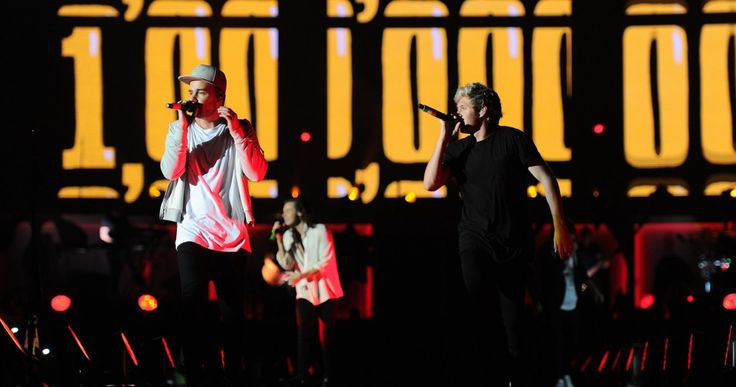 One Direction - 28 March 2015 - FNB Stadium, right after Zayn left the band..