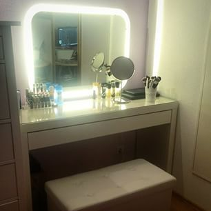 Barbie Vanity Light Up Mirror : 1000+ images about vanity, lighted mirrors, and dressing tables on Pinterest Ikea, Vanities ...