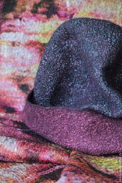 """Шапки ручной работы. Валяная шапочка """"Сладкий Ноябрь"""". Затонская Елена. Ярмарка Мастеров. Двусторонняя шапка, шапка на осень"""