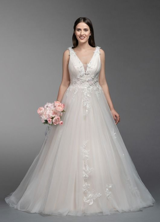 94b8c535c34d Gisele BG in 2019 | Wedding Dress | Wedding dresses, Bridesmaid ...