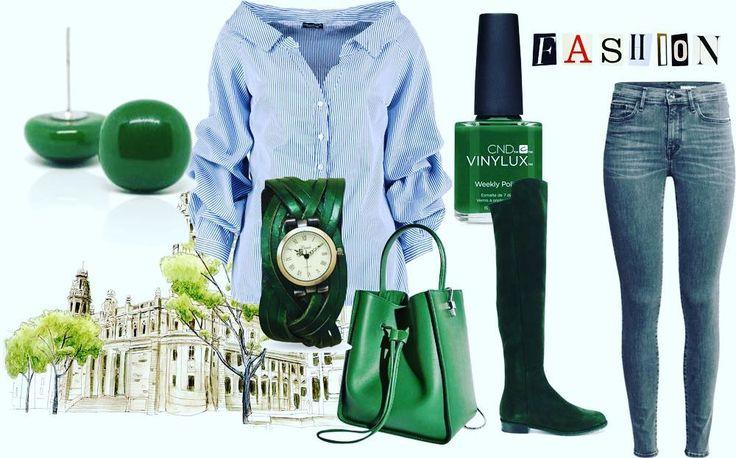 Simple collection #fusingglass #jewelrymaker #jewellerydesign #jewellerydesigner #jewelry #green #earrings #mitvegyekfel #ootd