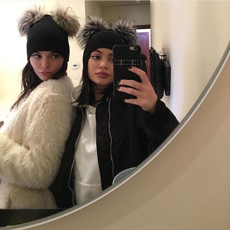 Kendall And Kylie Jenner Were Totally #Twinning In This Cute Hat