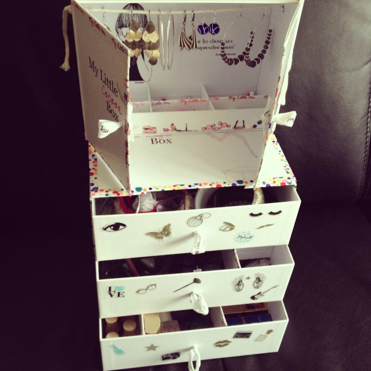 commode 3 tiroirs et mini armoire boucles d 39 oreilles my little box diy pinterest. Black Bedroom Furniture Sets. Home Design Ideas