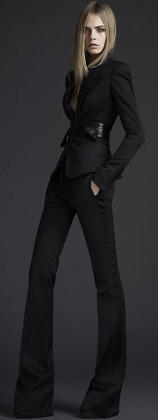 Burberry pants for legs for days...fitted open collar blazer to add the feminine, sexy touch to a sophisticated outfit!