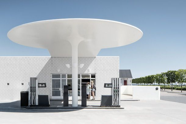 Skovshoved Petrol Station by Arne Jacobsen 1936