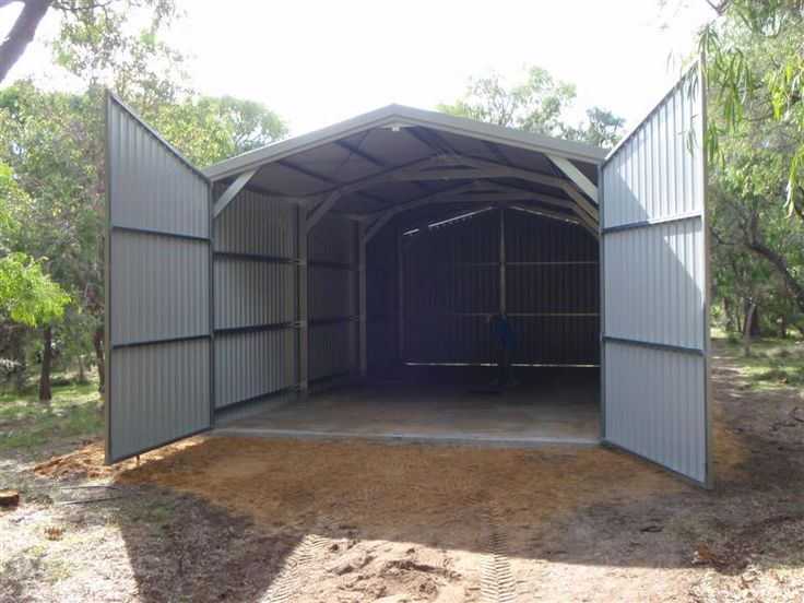 Double garage with swing doors for maximum head clearance