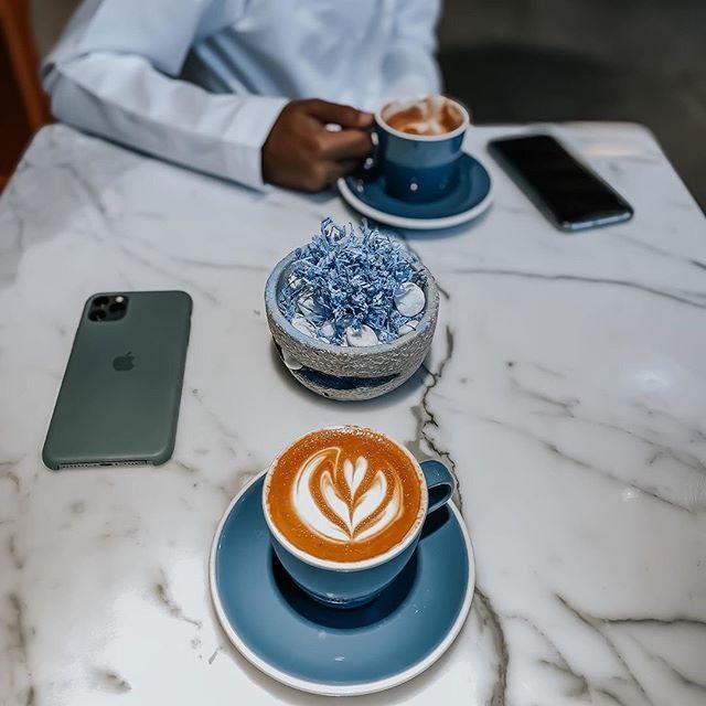 الرسالة الرابعة إن كان لك نصيب في شيء سيقلب الله كل الموازين لكي تحصل عليه ㅤ ㅤ ㅤ By Mubarkbina ㅤ Chosen By Rawasi ㅤ الت Tableware Glassware Food