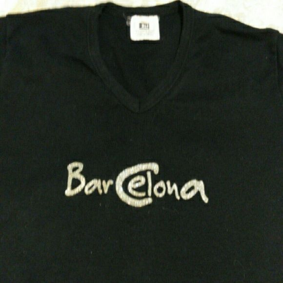Barcelona T-shirt Black and Gold Barcelona T-shirt. Cotton material. Tops Tees - Short Sleeve