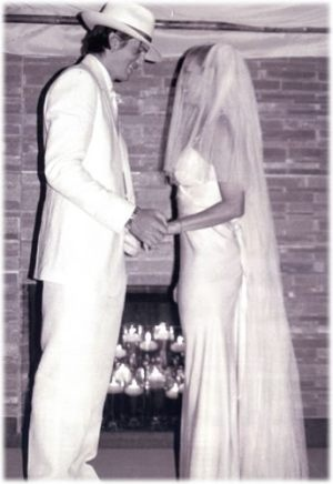 When Demi Moore and Ashton Kutcher got married, it caused quite the buzz due to the age difference. He was 27 and she was 42. Their's was a simple yet traditional Kabbalah wedding at their home in Beverly Hills.  Her celebrity wedding dress was a simple and elegant Jeanne Lanvin floor length gown with jeweled shoulder straps