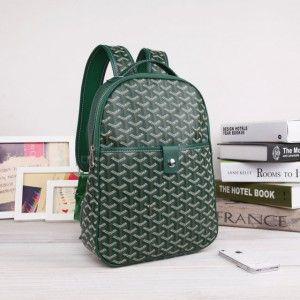 sac à dos goyard vert 1.Marque  : goyard 2.Style  : Sac à dos Goyard 3.couleurs : vert 4.Matériel :PVC avec cuir 5.Taille: W25cm×H32cm×D8cm