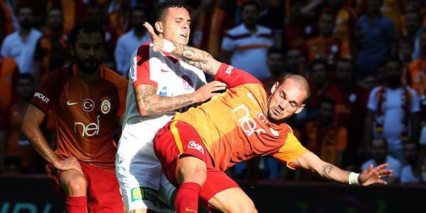 Yener İnce açıkladı! Wesley Sneijder ve Sigthorsson bu hafta yok - Milliyet