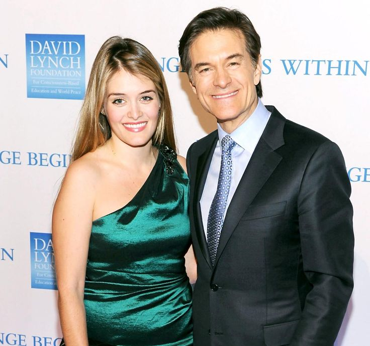 Dr Oz Children   Growing Family: Philomena Is The First Grandchild    Getting Her Through It: The 52-Year-Old Said (L-R)   Dr Oz Children   Dr. Oz, Sia And Rosanna Scotto Pose With My Childr   She Has Been Married To Turkish-American Cardiotho   Daphne Oz Pregnant: Dr. Oz'S Daughter...