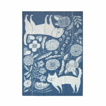 Lapuan Kankurit Koira ja Kissa Blue Wool Throw - Click to enlarge