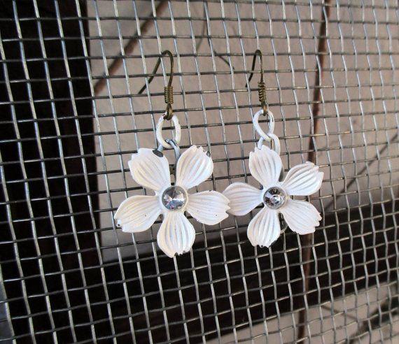 earrings white metal flowers, delicate earrings Boho Jewellery, Art Jewelry, Unique, OOAK