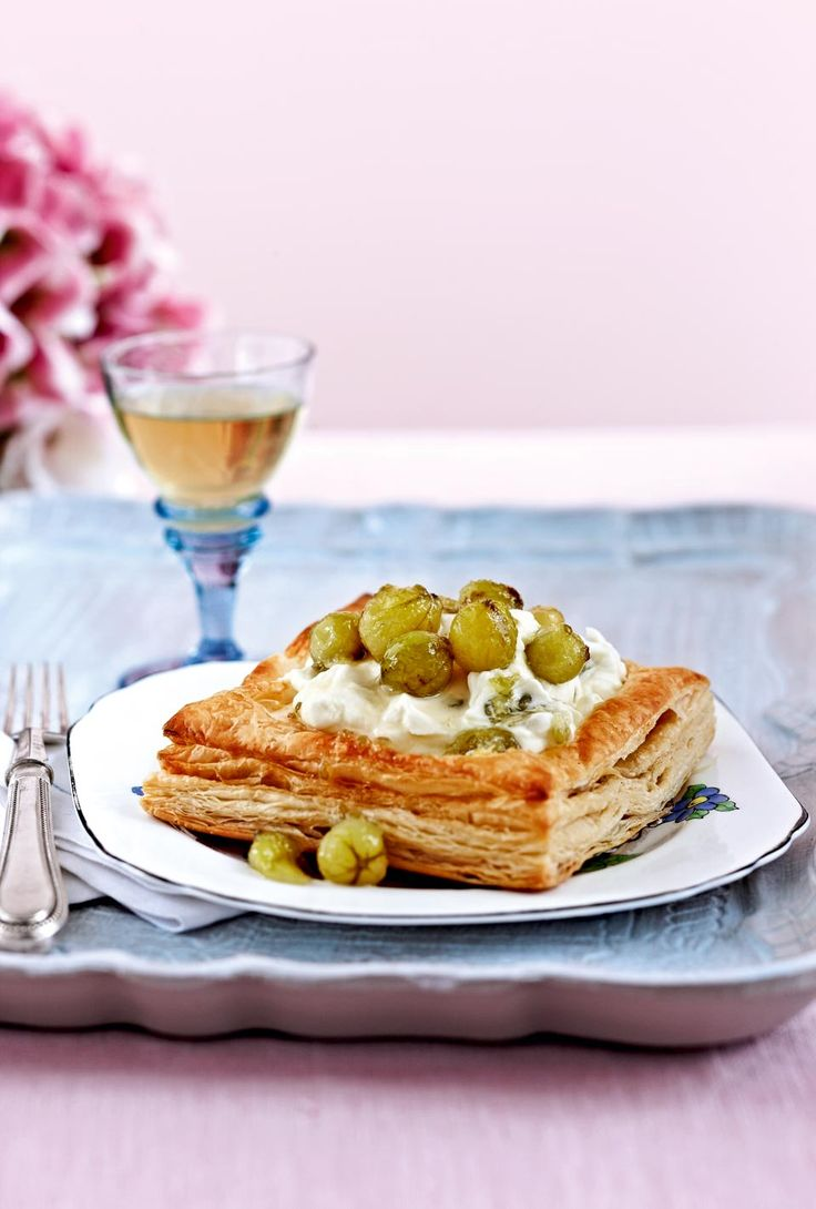 This gooseberry tart recipe is easy-peasy thanks to a few deliciously clever cuts.