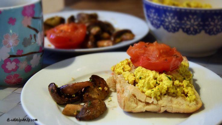 Café da Manhã Inglês Vegano (Tofu Mexido)