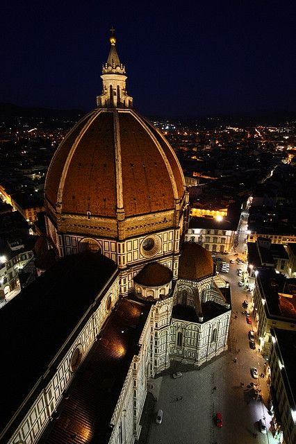 Florence Duomo at night.  Of all the places I have been, Florence is my favorite place.  Gotta go soon.  Who's coming?