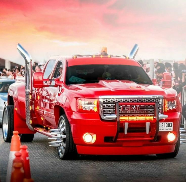 This is almost my dream truck