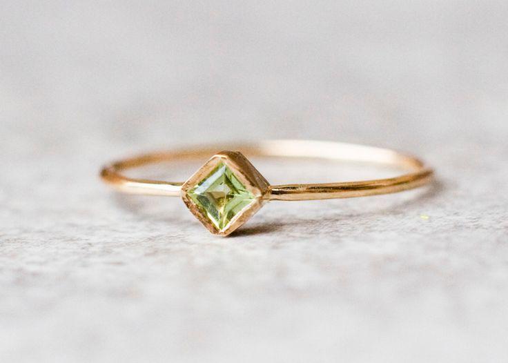 Zielony peridot- pierścionek złoty z peridotem - arpelc - Pierścionki złote