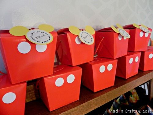 How to Make a Perfect Mickey Silhouette Without a Die-Cutting Machine ~ MAD IN CRAFTS