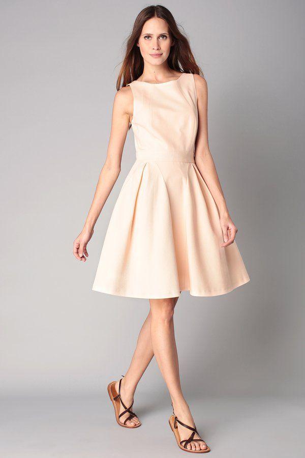 Pin for Later: 90 Robes Pour un Mariage Civil Stylé et Romantique  Tara Jarmon Robe rose clair effet matière rayée (270€)