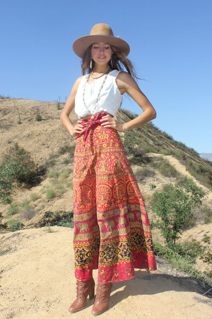 """1970s """"Lord and Taylor"""" Indian Maxi Skirt"""