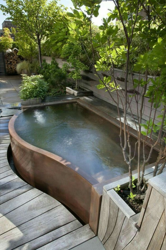 Breathtaking Small Backyard Jacuzzi Ideas