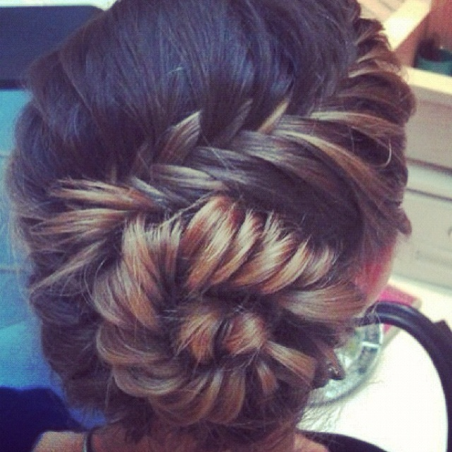 It's things like this that make me wish I could pull off ombre/ highlights