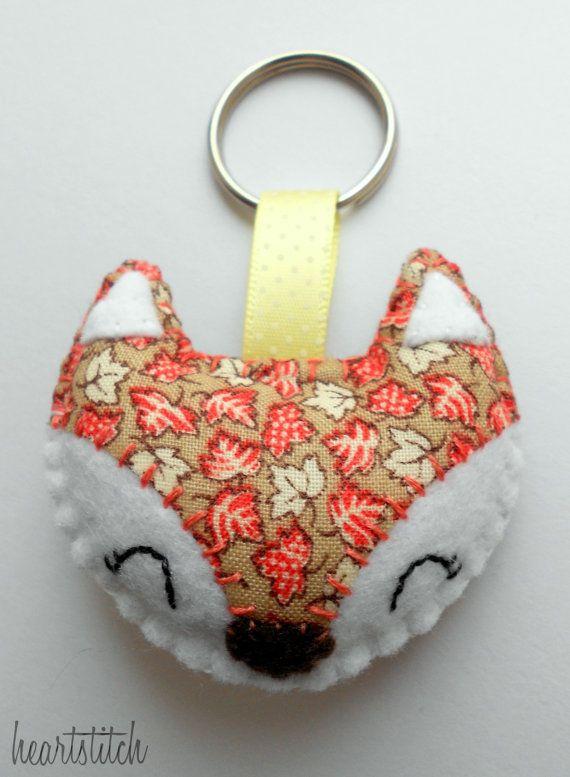 Hand-sewn Vintage Leaf Happy Felt Fox Keyring