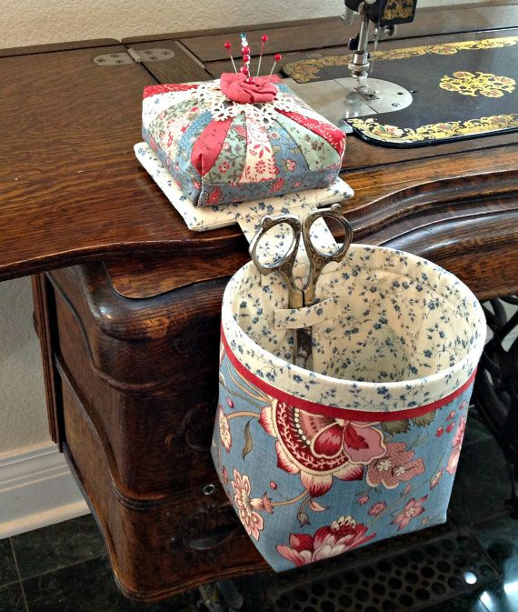 Handmade Thread Catcher with Detachable Pincushion
