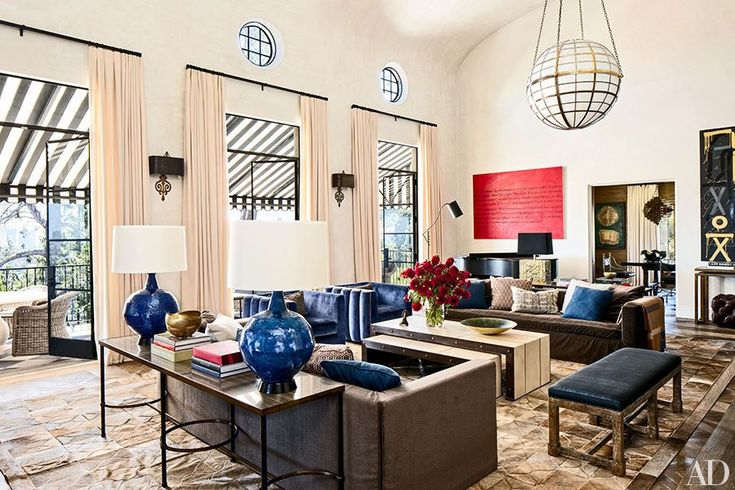 Martyn Lawrence Bullard Design worked with actress Ellen Pompeo to revamp the 1930 home she shares with her husband, music producer Chris Ivery, and their two children in Los Angeles.