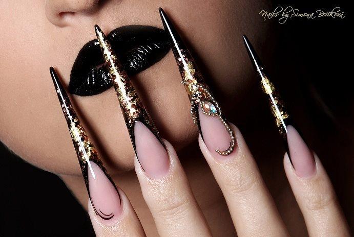 Nail Design by Simona Boříková, Magnetic Nail Academy Tsjechië