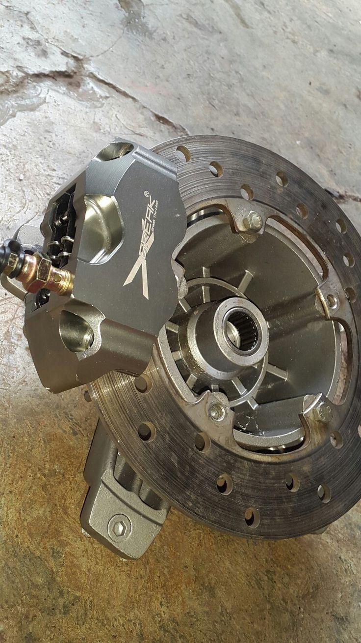 I got Caliper Radial 4 Piston titanium for my Vespa 😎
