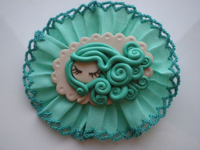 broche fimo by Dark baker,Elena Garcia Rizo, via Flickr