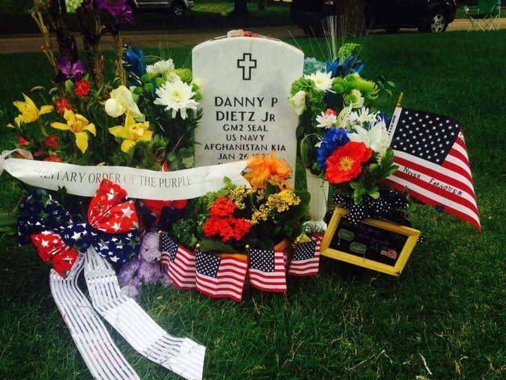 Danny Dietz jr Hero, Lone Survivor