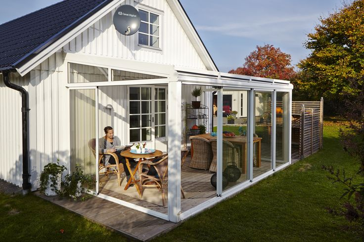 Willab Garden uterum, aluminiumstomme. http://www.willabgarden.se/modell-bursprak/960