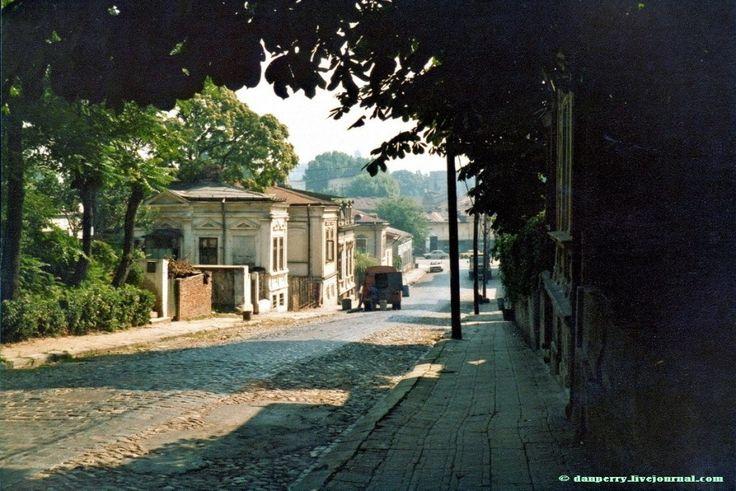 Strada Arionoaia, 1980  Azi pe locul ei se află Casa Academiei Române din Calea 13 Septembrie  foto:Dan Perry