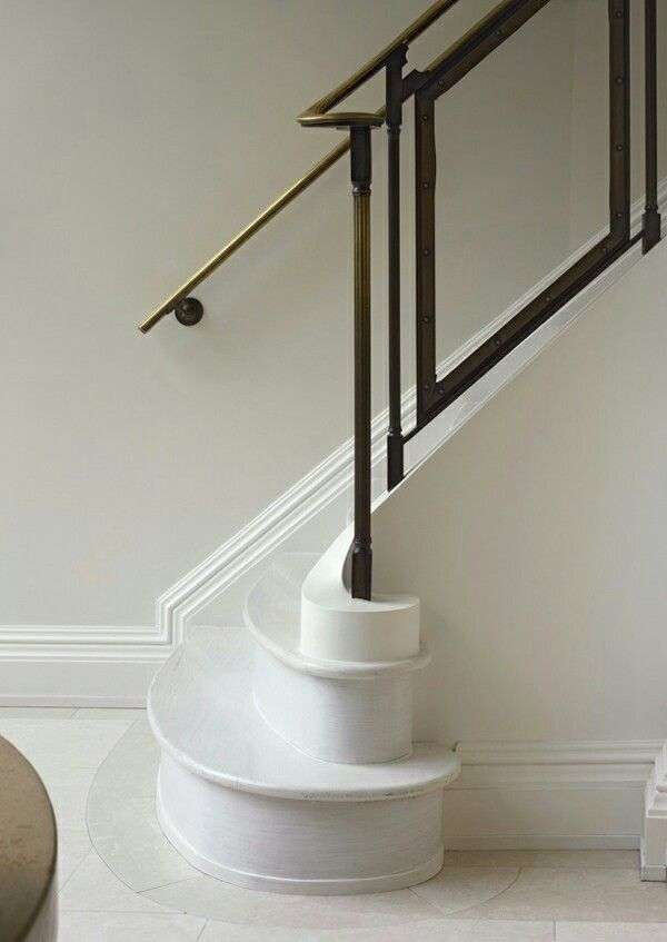 Best A Sculptural Marble Staircase In A Parisian Townhouse 640 x 480