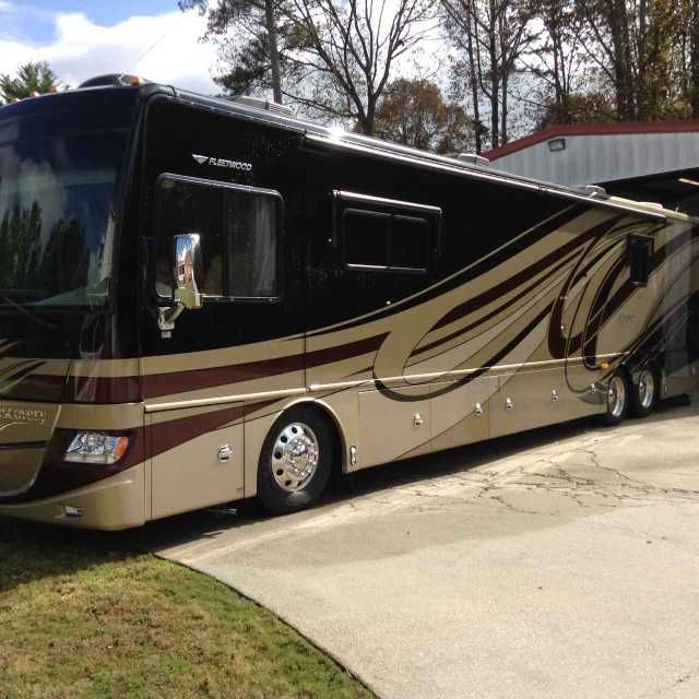 2012 Used Fleetwood Discovery Class A in Georgia GA.Recreational Vehicle, rv, 2012 Fleetwood Discovery , This 2012 Fleetwood Discovery is a beautiful & very roomy Couch !! It's a 42m with three slides( the slide on the drivers side is about 28-30 long. It's a 380hp Cummings diesel pusher!! It has a ultra soft leather queen sofa(air mattress) love seat with two Captains chairs. Dinning room table with four chairs. Side by side refrigerator Convection/Microwave and gas Stove. Beautiful shinny…
