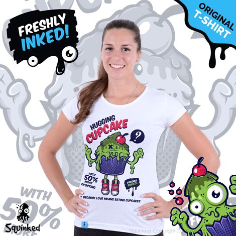 Green Hugging Cupcake... *Original Squinked T-shirt for Women. *Tricou Original Squinked pentru Femei.