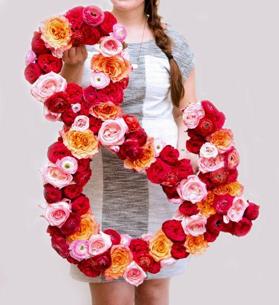 Make This: Giant Fresh Flower Ampersand DIY - Paper & Stitch