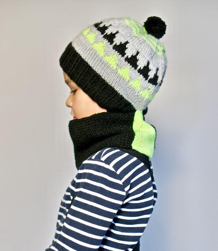 A modern balaclava for kids, knitting pattern. Katu-uskottava kypärämyssy, neuleohje. https://www.etsy.com/shop/TeaTimeKnitters?ref=hdr_shop_menu