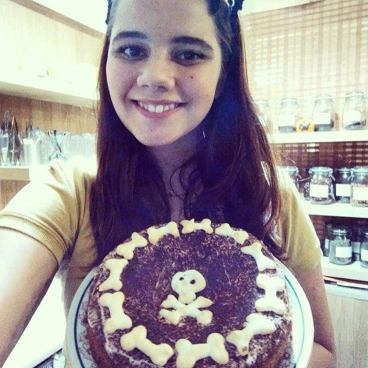 Smrtelně dobrý dort od Černé vdovy Marušky. Zakousnete se a už neodejdete... Nikdy....
