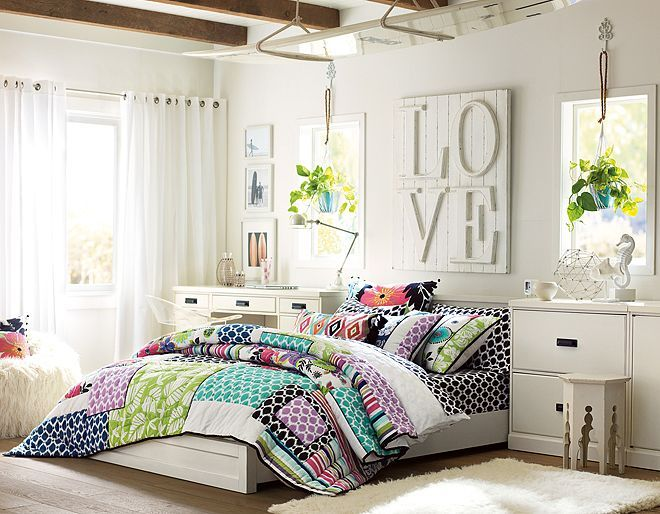 I love the PBteen Paramount Tropical Garden Bedroom on pbteen.com