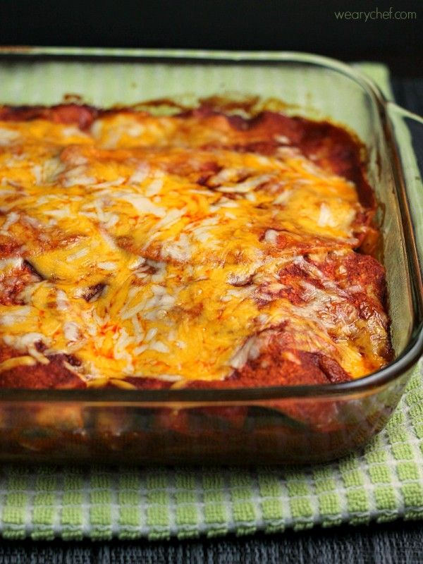 Fajita Enchilada Lasagna - This delicious dinner with an identity crisis is sure to please the whole family!Enchiladas Lasagna, Identity Crisis, Chicken Enchiladas, Food, Dinner Menu, Wearychef Com, Families, Fajitas Enchiladas, Delicious Dinner