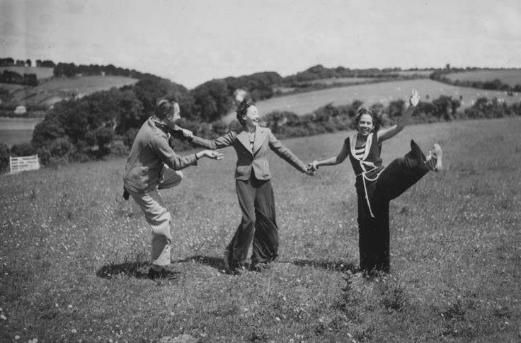 Paul Eluard, Nusch Eluard, Ady Fidelin por Man Ray
