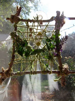 nature weaving can be left quite open? westerly wind? use string for more natural effect - set up a spiders web warp?