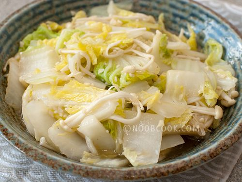 Stir-fried Napa Cabbage with Enoki Mushrooms This is a simple dish with very basic ingredients. The ingredients (besides the cabbage) such as garlic, ginger and light soy sauce are things one can easily find in a typical Chinese cooking kitchen . And that is all that is needed to bring this simple